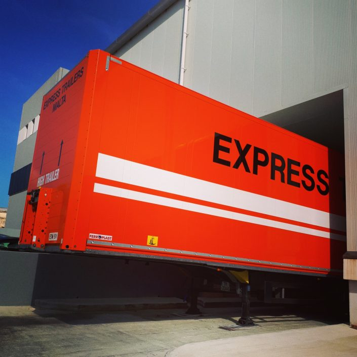Express Trailers Truck